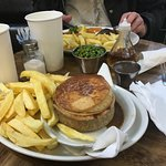 steak and gravy pie