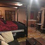 March 2017 Mich Angelo Room Trois Estates