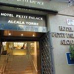 Photo de Petit Palace Alcala Torre