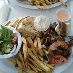 Foto de ZINO'S Greek Restaurant