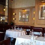 Aquitaine dining area