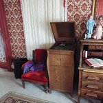 antiques in room
