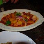 Pollo in salsa dolce con ananas