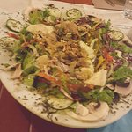 check out this beautiful salad served before the pizza entree