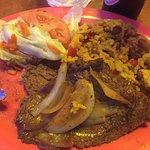 Biftec y arroz mamposteao