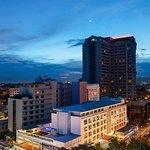 Photo de Suriwongse Hotel