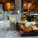 Gin + Tonic and Artisan Bread Appetizer