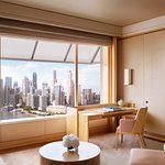 Club Deluxe Suite with Central Business District view