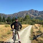 Photo de Around The Basin Bike Tours