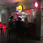 Photo de The Aviator Hotel OR Tambo