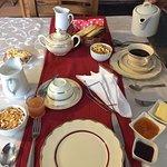 El desayuno abundante. Riquisimo!