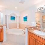 Luxury bathrooms w/ daily housekeeping & fresh beachtowels provided daily