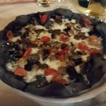 Black Pizza :-!
