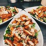 Salade césar avec sa vraie sauce aux anchois