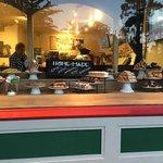 Carmel Bakery Foto