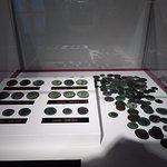 Monedas romanas encontradas en la iglesia de San Antón