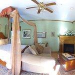 Emerald Dreams Suite