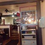 The Leeky Canoe Pub & Eatery