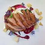Papia me psites piperies kai pantzari Roast duck breast with mixed pepper and goats cheese, beet