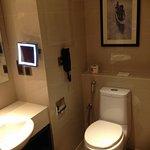 Sama Sama bathroom