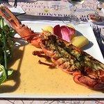 Le homard servi dans le menu