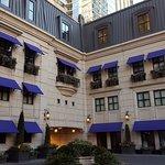 Photo de Waldorf Astoria Chicago