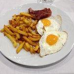 """Starter(?): Huevos Estrallados - Starry Eggs - """"Scrambled eggs, bacon and potatoes"""