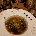 boulettes de viande au bouillon et petit légumes