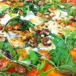 Walnut, goats cheese, honey and spinach pancake pizza