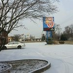 Motel 6 hotel that is now a Budget Inn.