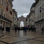 The arch as seen from Rua Augusta