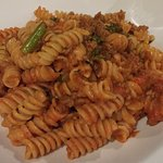 Pasta arrabbiata with asparagus and ground veal
