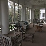 Screened porch of Dowd Suite