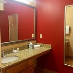 Photo de Residence Inn Sunnyvale Silicon Valley II