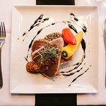 Seared Tuna -photo credit Lolo & Noa Photography