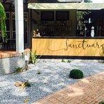 ภาพถ่ายของ ร้านอาหารแซงชัวรี่ ปากน้ำ