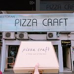 Pizza Craft signboard