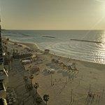 Foto de Crowne Plaza Tel Aviv Beach