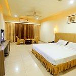 Foto de Hotel Sitara Grand Kukatpally