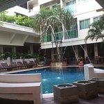 Sunshine Hotel & Residences Foto