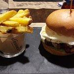 '007' Burger