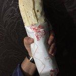 Il Kebab Grande di Ali Baba, così grande che in una mano non ci sta!