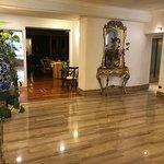 Photo de Hotel Cecil