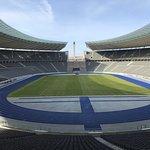 Photo de Stade olympique (Olympiastadion)
