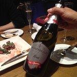 صورة فوتوغرافية لـ Yurakucho Wine Club