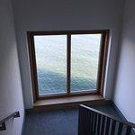 Von Wasser umgeben, Treppenhaus
