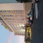 Photo de Holiday Inn Hotel & Suites Overland Park West