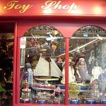 toy shop in Marbella Old Town © Robert Bovington