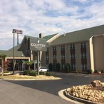 Photo of Country Inn & Suites by Radisson, Dalton, GA
