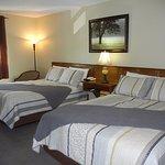 Standard Room - 2 Queen Beds
